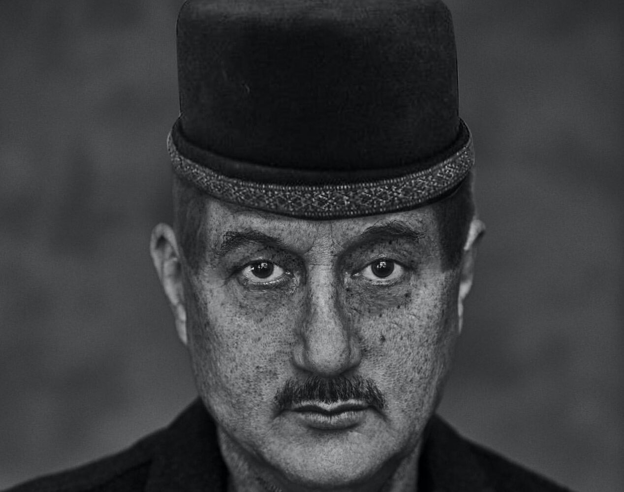 Anupam Kher bags 'Best Actor Award' at NYCIFF for 'Happy Birthday'